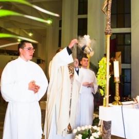 liturgia_wigilii_paschalnej_20130402_1352979806